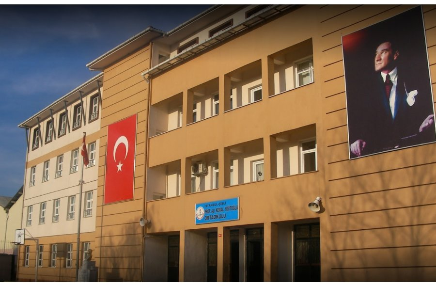 Prof. Ali Kemal Yiğitoğlu Ortaokulu