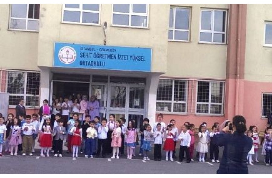 Şehit Öğretmen İzzet Yüksel Ortaokulu